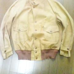 ジャケットの全体的なサイズダウン、ジャケットの襟のデザイン変更