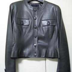 レディースジャケットの肩パット交換