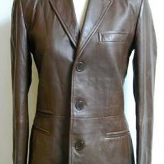 ラムレザーシングルジャケットの肩幅詰め、裏地交換