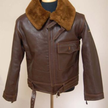バズリクソンのB2ジャケットの袖丈詰め