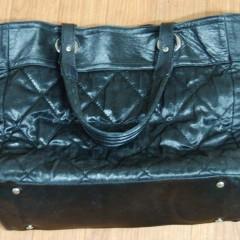 ジャケット破れ修繕とバッグの底の張替え
