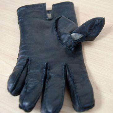 DENTSの手袋修理