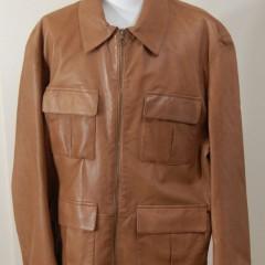 皮のジャケットの補修(猫による引っかき傷と穴)