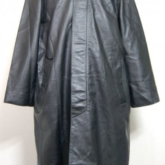 シングル黒レザーコートのポケット縫い目部分が裂け