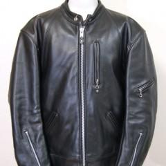 VANSONのジャケットの袖口の寸法を詰め