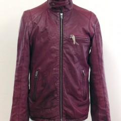 えんじ色の革のジャケットSサイズ 身幅詰めと、着丈詰め