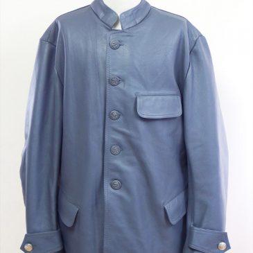 海外から購入したレザーハーフコートの肩幅・身幅詰め