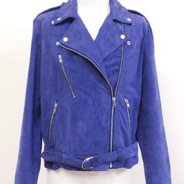 レザーライダースジャケットの袖丈詰め