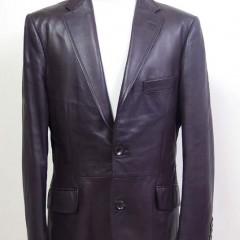 レザーテーラードジャケットの袖丈詰め