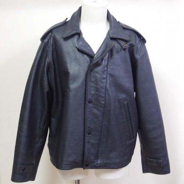 2着のライダースジャケットの肩幅、袖幅、身幅詰め、ファスナー交換