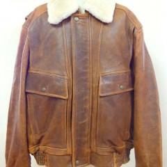 フライトジャケットの身幅・袖幅詰め