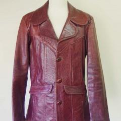 East West(イーストウエスト) レザーテーラードジャケットの着丈・身幅・袖幅・袖丈詰め