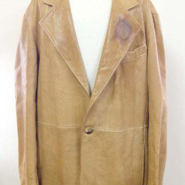 ジョルジオアルマーニ レザージャケット 襟の染み抜き、破れ補修