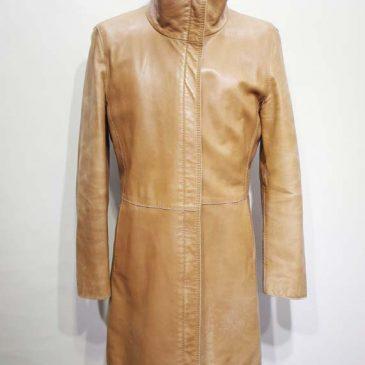 革のコートの裏地交換