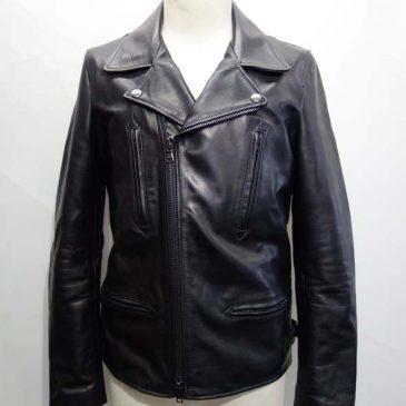 カウレザーのライダースジャケットの袖を3センチ短く