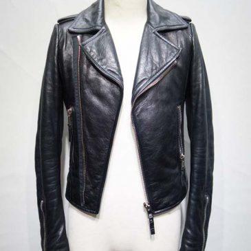 ライダースジャケットの袖丈を10cm詰め