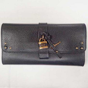 クロエ長財布の、外側スナップが閉まらない