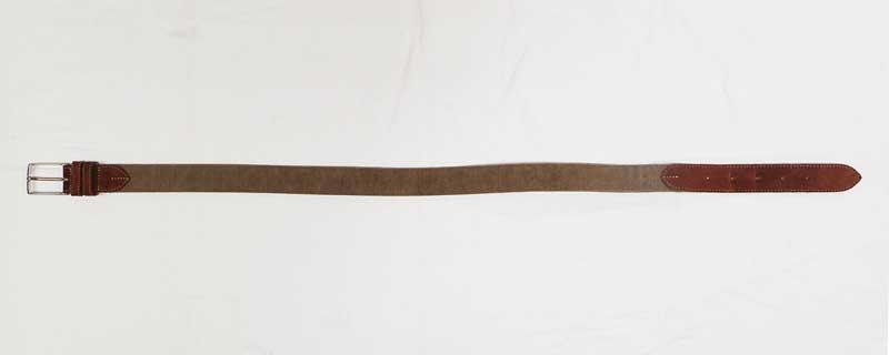 ベルトのメッシュ部分を短くして再度皮で挟んで縫い戻す