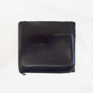 革財布の折り目部分のコバが剥がれ