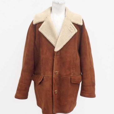 ムートンのジャケット サイズダウン
