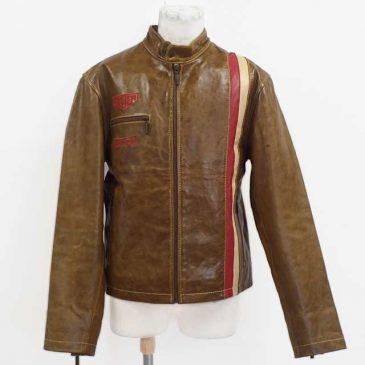 革ジャケットの袖詰めと袖幅をタイトに