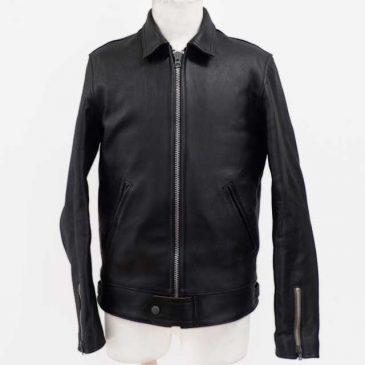 レザージャケットの袖丈を左右3.5cm詰め