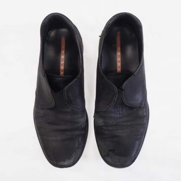 ⑥PRADA 靴 before